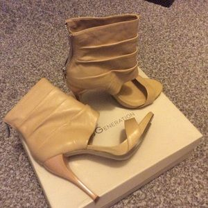 Bcbgeneration ankle wrap high heels, new with tag